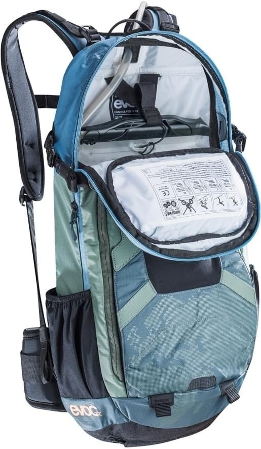 39868313b4 Cyklistický batoh s chráničem páteře Evoc FR Enduro Team 16L - copen  blue-olive- ...