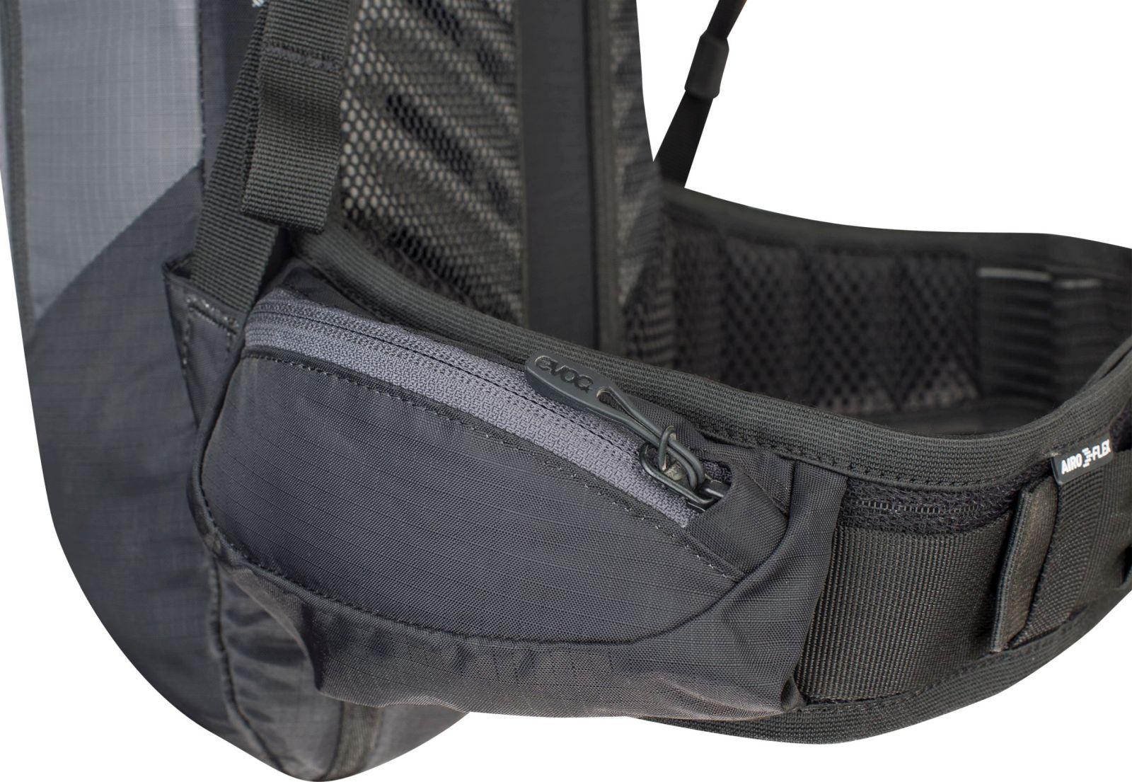 408a022788 ... Cyklistický batoh s chráničem páteře Evoc FR Lite Race 10L - carbon grey  orange ...
