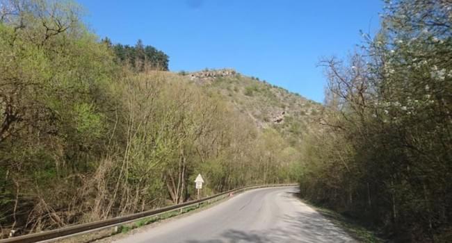 Cyklotrasa silnice - Z Radotína přes Železnou do Chýně a zpět - 68 km