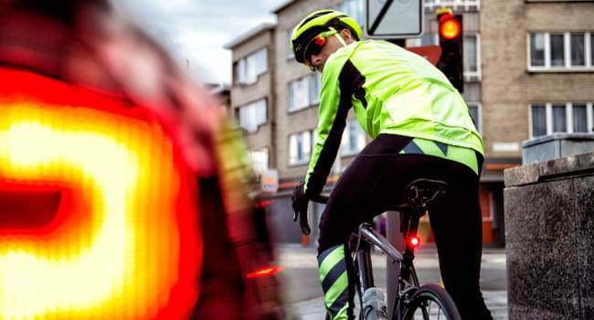 Jak vybrat zadní světlo na kolo
